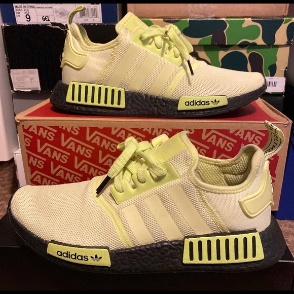 adidas Shoes   Nmd R1 Glow Sample Size